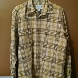 Cabela's Size M Medium Plaid Button Up